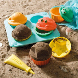 Seaside Sidekicks Sand Cupcake Set by Melissa & Doug Toys and Games