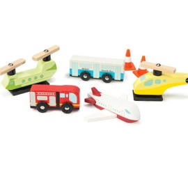 Airport Chocs Away Set Pretend Play for Kids Le Toy Van