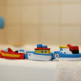 Magnetic Boat in the Tub Rub a Dub Alex Kids Children Bath Toys Bathtime