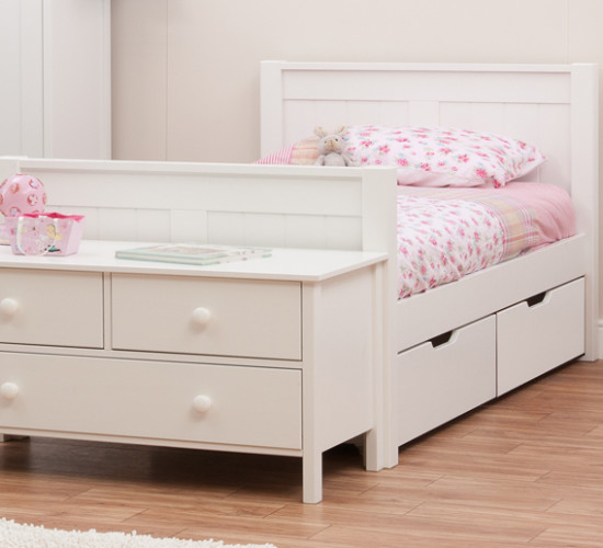 Classic single bed with underbed drawers by stompa for Single bed with drawers and mattress