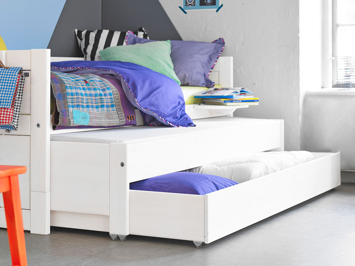 Day bed with pull out bed drawer white for kids in s a for Pull out bed