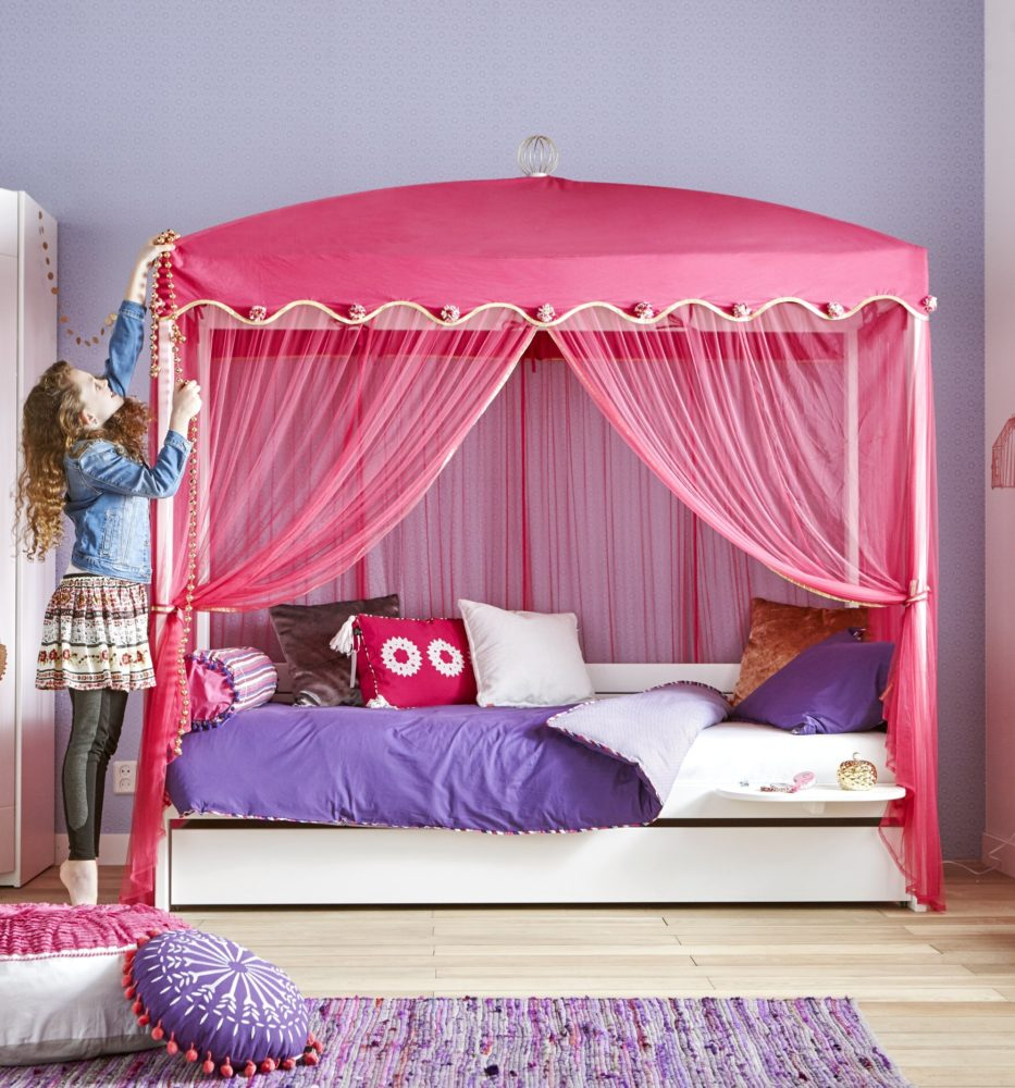 Four Poster Bed With 1001 Nights Canopy White By Lifetime Kidsrooms