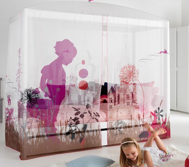 Four Poster Bed With Wonderland Canopy For Kids In S A
