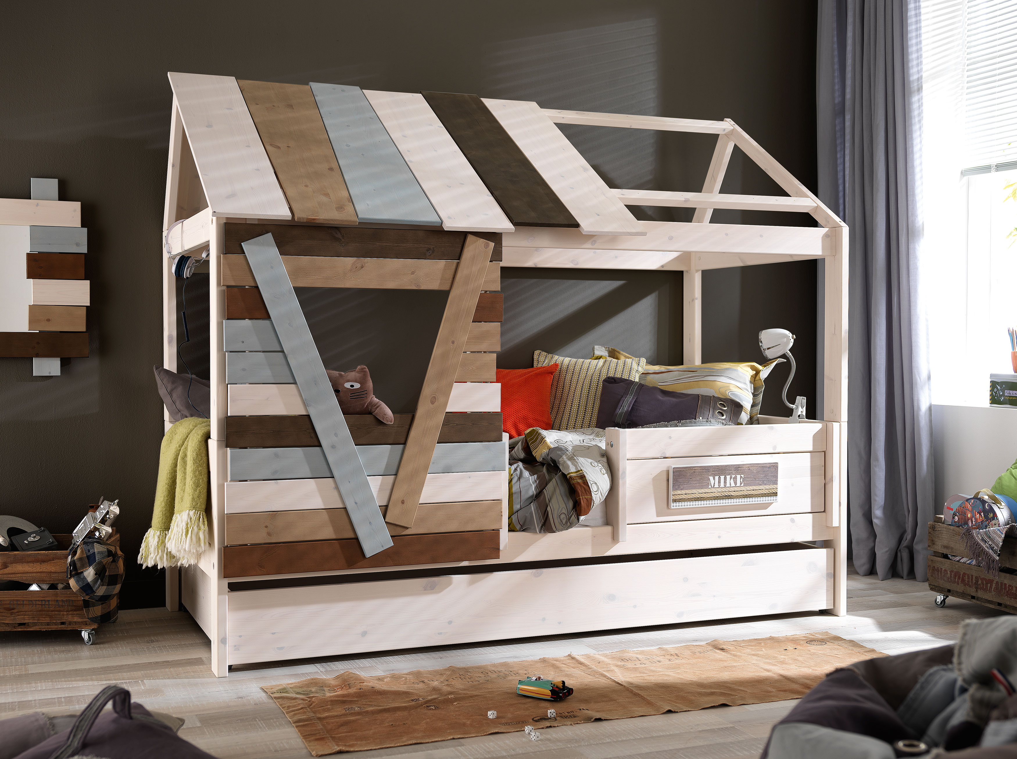 Treehouse With Trundle Bed Tree
