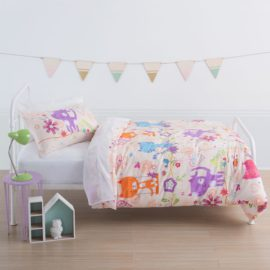 happy-cat-three-quarter-duvet-set-for-kids-bedroom-girls-polycotton-squiggles