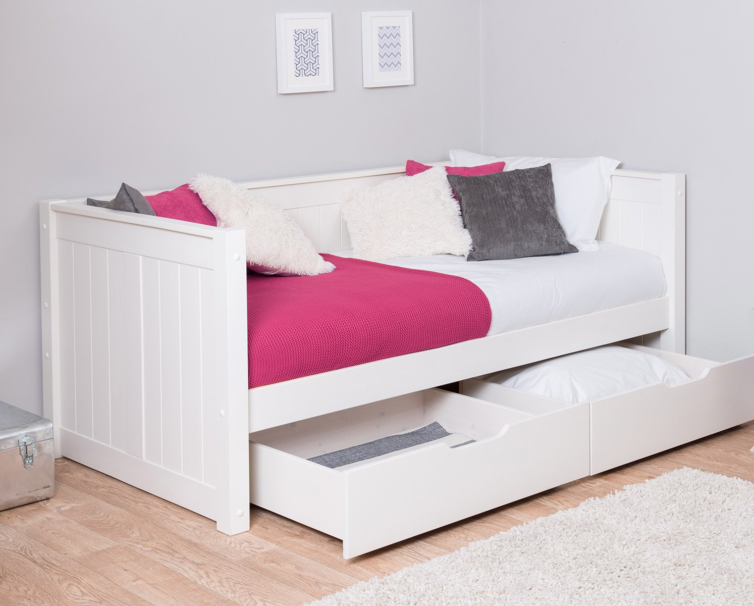 Classic day bed with drawers by stompa for children kids for Bedroom furniture bed with drawers