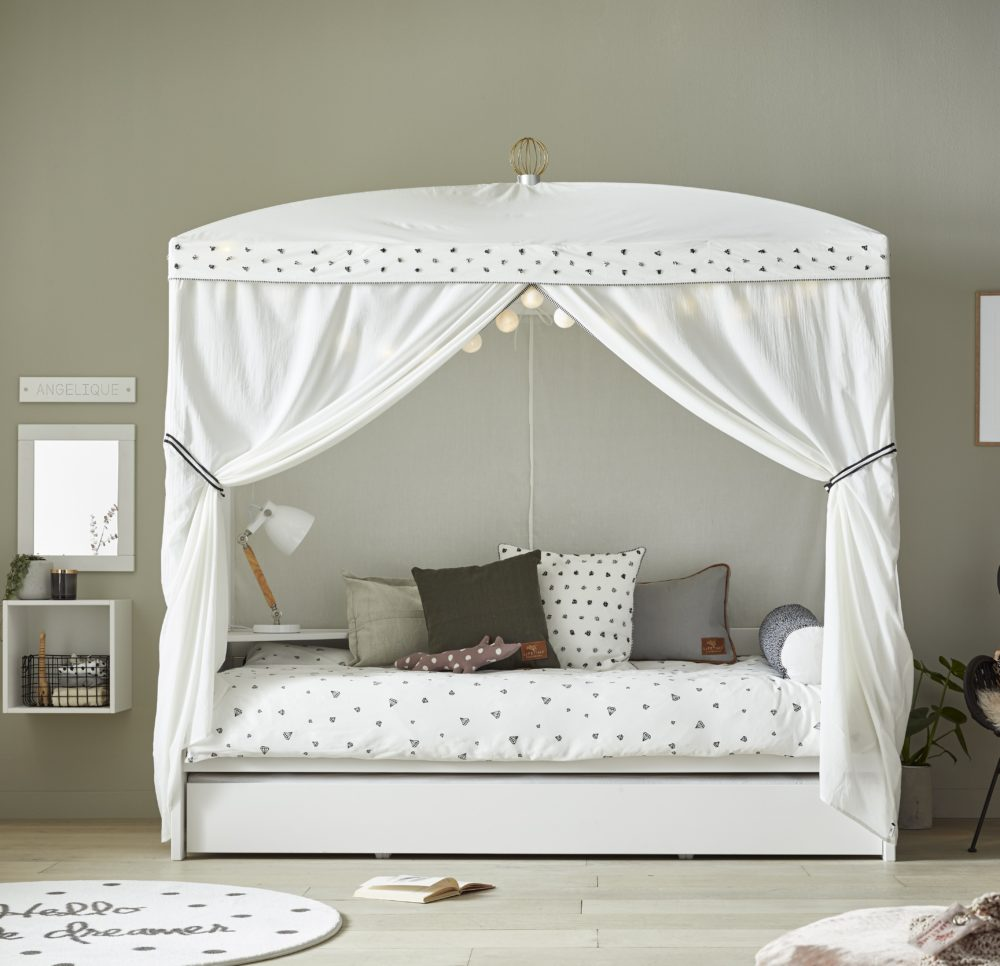 Four Poster Bed With Dottie Canopy White By Lifetime Kidsrooms