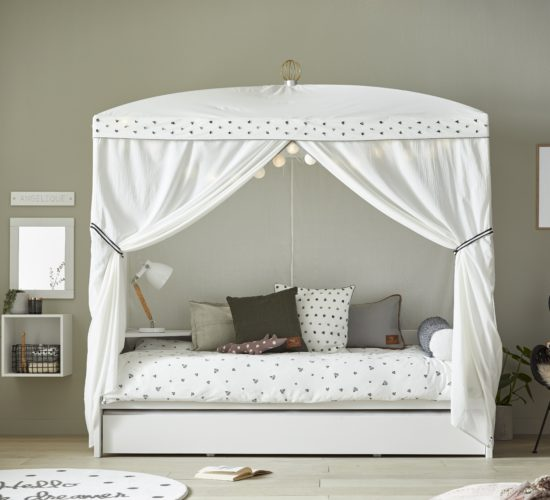 Four-Poster Bed with Dottie Canopy - White by Lifetime Kidsrooms
