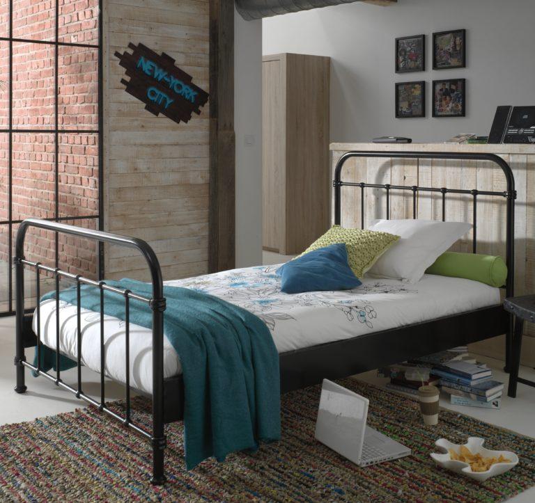 Oxford Metal Bed incl Slats - Black (3/4)