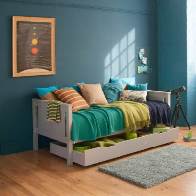 Superior Classic Day Bed, Solid Beech - Dove Grey by Little Folks